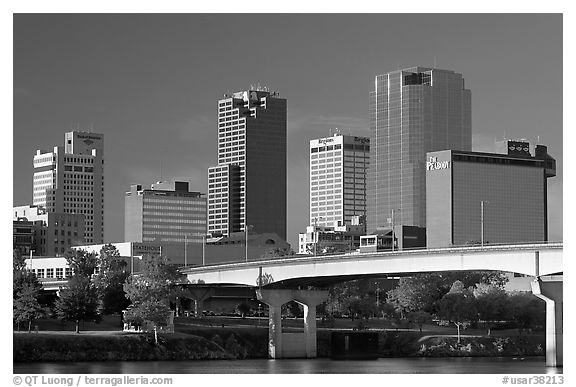 Bridge and Downtown high rises, early morning. Little Rock, Arkansas, USA (black and white)