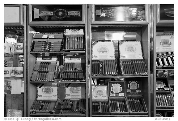 Cuban cigars for sale, Mallory Square. Key West, Florida, USA