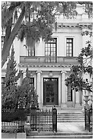 Mansion facade. Savannah, Georgia, USA (black and white)