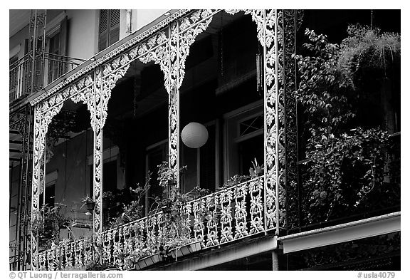Wrought-iron laced balconies, French Quarter. New Orleans, Louisiana, USA (black and white)