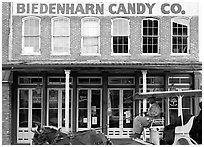 Horse carriage in front of Biedenharn Candy building. Vicksburg, Mississippi, USA (black and white)