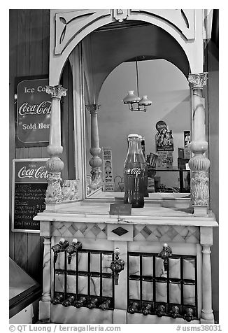 Vintage Coca Cola soda fountain. Vicksburg, Mississippi, USA (black and white)