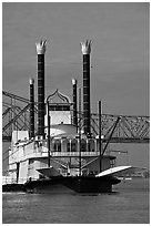 Riverboat and bridge. Natchez, Mississippi, USA (black and white)