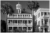Antebellum house with flag and octogonal tower. Charleston, South Carolina, USA ( black and white)