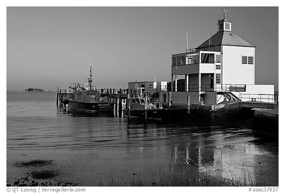 Harbor house, late afternoon. Charleston, South Carolina, USA (black and white)