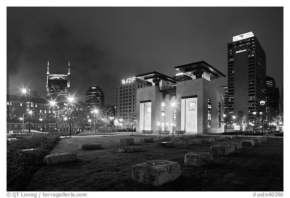 Skyline seen from Bicentenial Park by night. Nashville, Tennessee, USA (black and white)