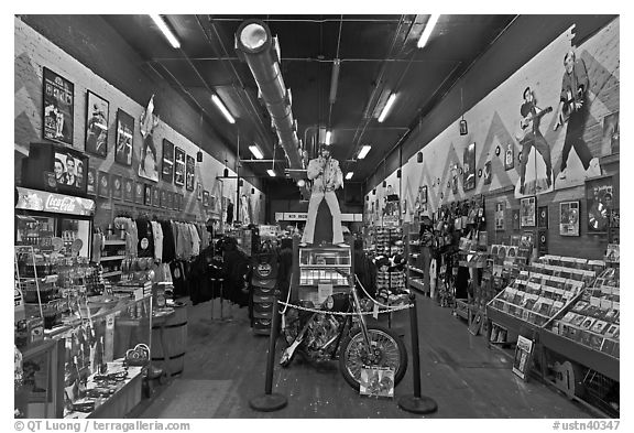 Inside Sun record company store. Nashville, Tennessee, USA (black and white)
