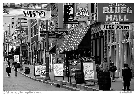 Beale street, Memphis. Memphis, Tennessee, USA (black and white)
