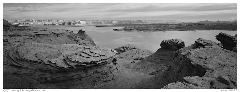 Lake Powell scenery with swirls in foreground, Glen Canyon National Recreation Area, Arizona. USA (black and white)