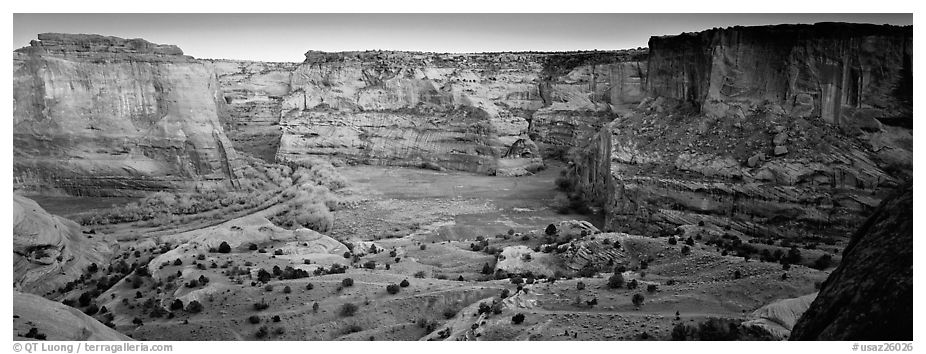 Canyon scenery at dusk. Canyon de Chelly  National Monument, Arizona, USA (black and white)