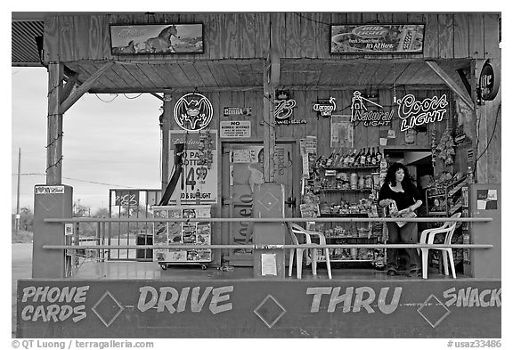 Bonnie's drive-through convenience store. Arizona, USA
