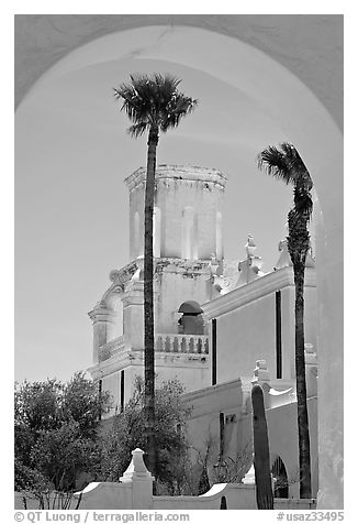 Arch and North Court, San Xavier del Bac Mission (the White Dove of the Desert). Tucson, Arizona, USA