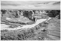 Canyon de Chelly from Tsegi Overlook, mid-morning. Canyon de Chelly  National Monument, Arizona, USA (black and white)