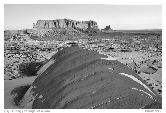 Snowy sunrise. Monument Valley Tribal Park, Navajo Nation, Arizona and Utah, USA (black and white)