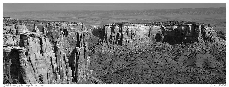 Mesa scenery. Colorado National Monument, Colorado, USA (black and white)