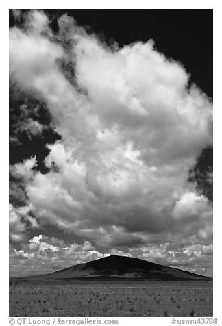 Afternoon cloud above hill. New Mexico, USA (black and white)
