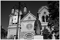 Front of St Francis Cathedral and Archibishop Lamy statue. Santa Fe, New Mexico, USA ( black and white)