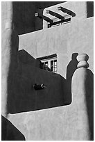 Detail of pueblo style of architecture, Loreto Inn. Santa Fe, New Mexico, USA (black and white)