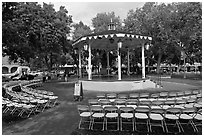 Gazebo, old town plazza. Albuquerque, New Mexico, USA (black and white)