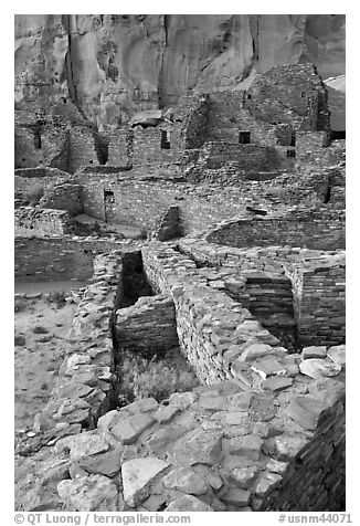 Ancient Pueblo Bonito ruins. Chaco Culture National Historic Park, New Mexico, USA