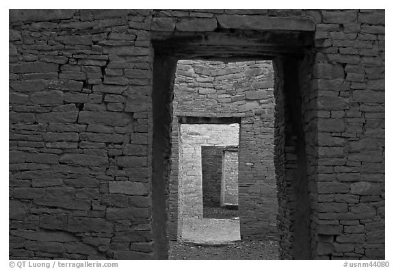 Ancient masonery walls and doors. Chaco Culture National Historic Park, New Mexico, USA (black and white)