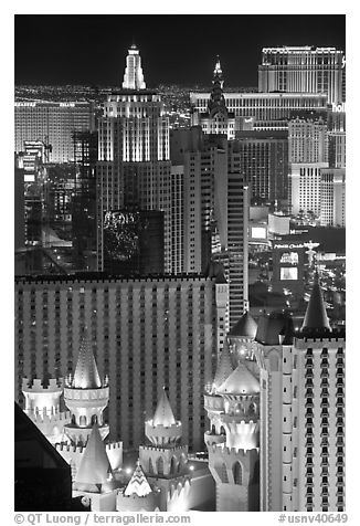 Las Vegas hotels seen from above at night. Las Vegas, Nevada, USA (black and white)