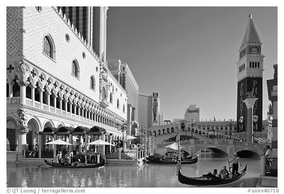 Gondola rides in front of the Venetian hotel. Las Vegas, Nevada, USA (black and white)
