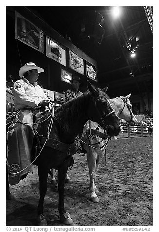 Men with horses and lassos, Stokyards Rodeo. Fort Worth, Texas, USA (black and white)