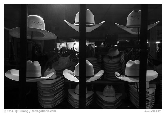 Cowboys hats for sale. Fort Worth, Texas, USA (black and white)