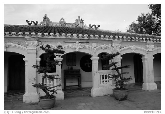 Low profile exterior of the Giac Vien Pagoda, district 11. Ho Chi Minh City, Vietnam (black and white)