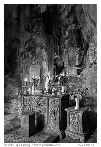 Bhuddist altar at the entrance of Huyen Khong cave. Da Nang, Vietnam (black and white)