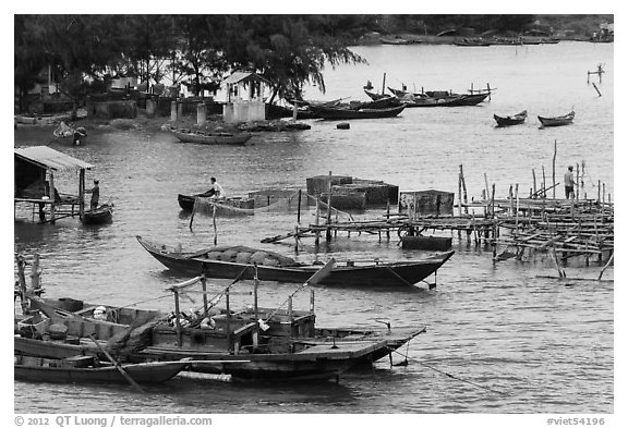 Boats and piers. Vietnam (black and white)