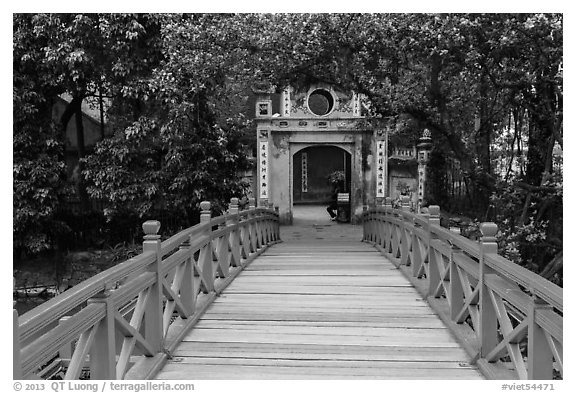 Huc Bridge leading to Ngoc Son Temple. Hanoi, Vietnam (black and white)