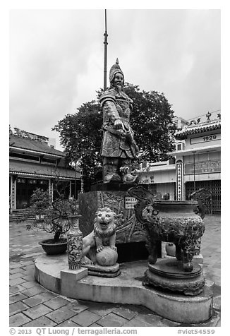 Tran Hung Dao statue. Ho Chi Minh City, Vietnam (black and white)
