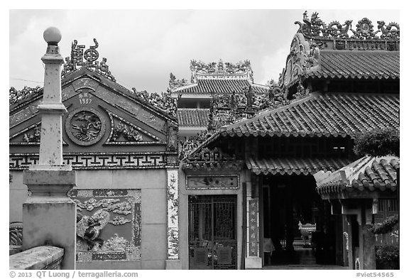 Roof and wall details, Le Van Duyet temple, Binh Thanh district. Ho Chi Minh City, Vietnam (black and white)