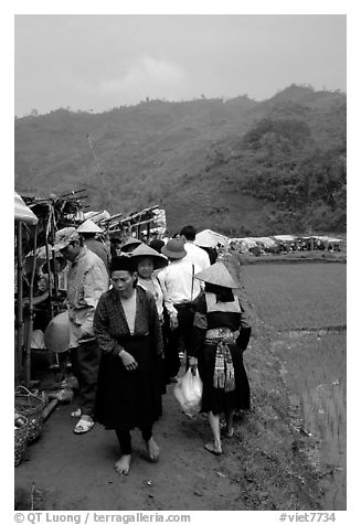 Outdoor Market set in the fields near Ba Be Lake. Northeast Vietnam (black and white)