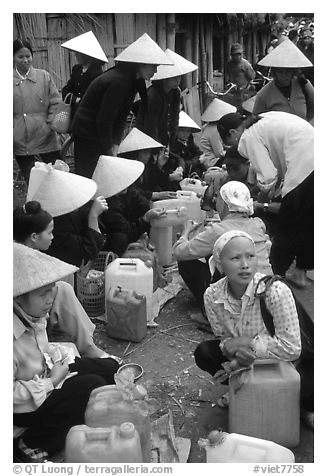 Alcohol stand, Cho Ra Market. Northeast Vietnam (black and white)