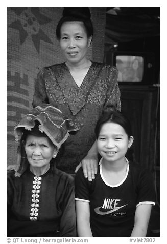 Three generations of thai women, near Son La. Northwest Vietnam (black and white)