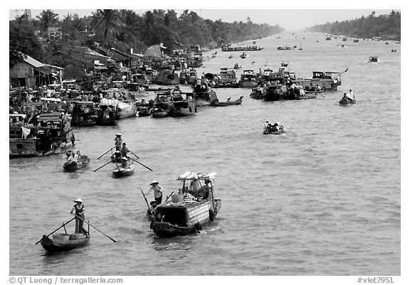 Heavy activity on the river. Can Tho, Vietnam (black and white)