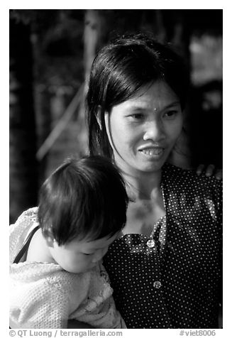 Young mother and child, near Ben Tre. Vietnam (black and white)