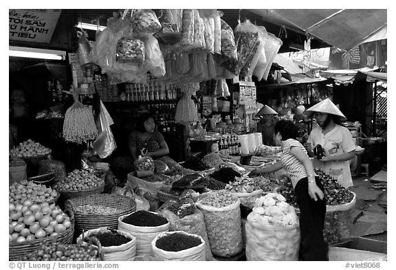 Dried mushroom for sale in the Bin Tay wholesale market in Cholon, district 6. Cholon, Ho Chi Minh City, Vietnam (black and white)