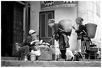 Dzao women shopping. Sapa, Vietnam ( black and white)