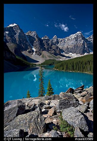 Moraine Lake from the Rockpile, mid-morning. Banff National Park, Canadian Rockies, Alberta, Canada