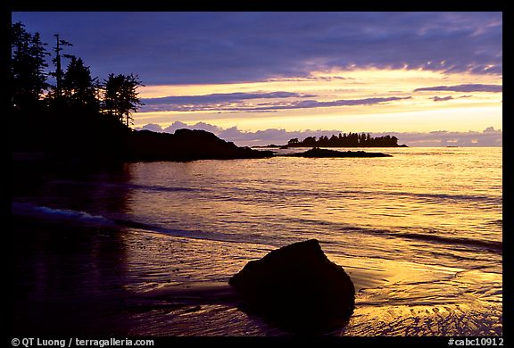 Rock and bay at sunset, Half-moon bay. Pacific Rim National Park, Vancouver Island, British Columbia, Canada