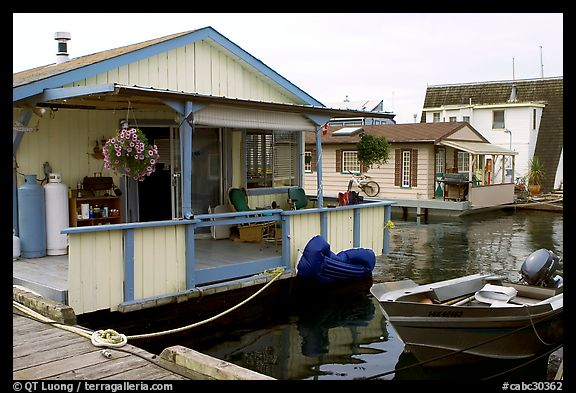 Houseboat, Upper Harbour. Victoria, British Columbia, Canada