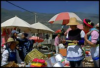 Monday village market. Shaping, Yunnan, China ( color)