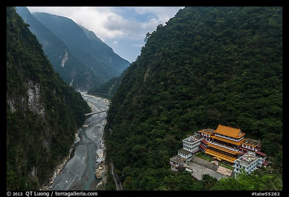 River gorge and temple. Taroko National Park, Taiwan (color)