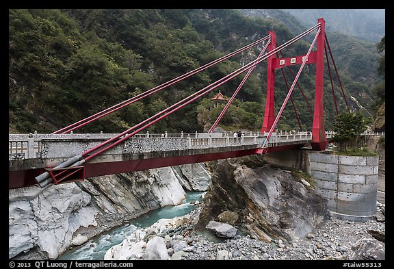 Cimu Bridge(Motherly Devotion Bridge), Taroko Gorge. Taroko National Park, Taiwan (color)