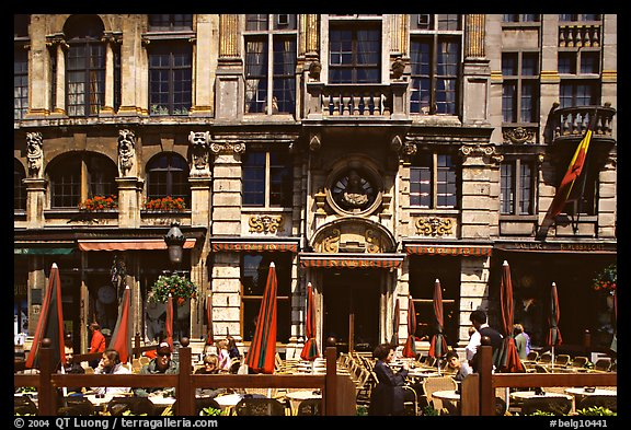 La Chaloupe d'or tavern, Grand Place. Brussels, Belgium (color)