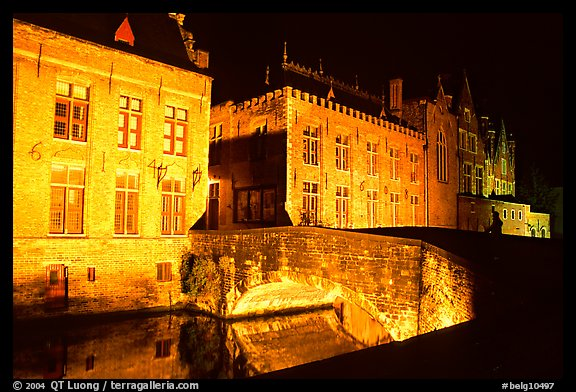 Bridge and house at night. Bruges, Belgium (color)